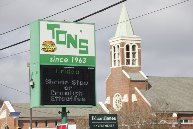 Ton's Drive In