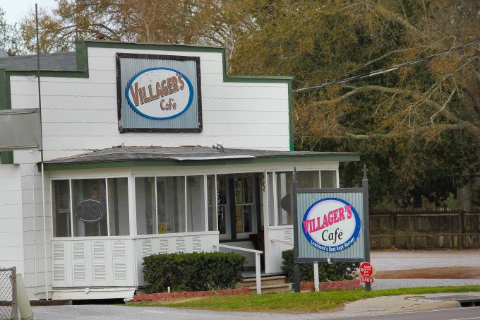 Villager's Cafe: For Cajun recipes and Cajun cooking.